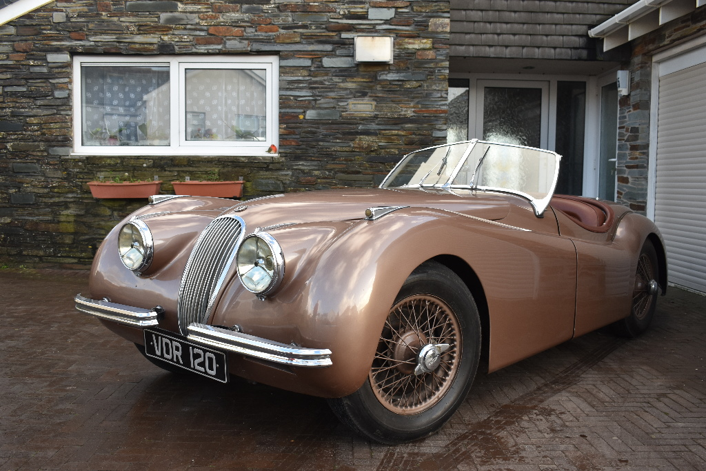 Car enthusiast auctions his beloved 1951 Jaguar XK120 roadster he ...